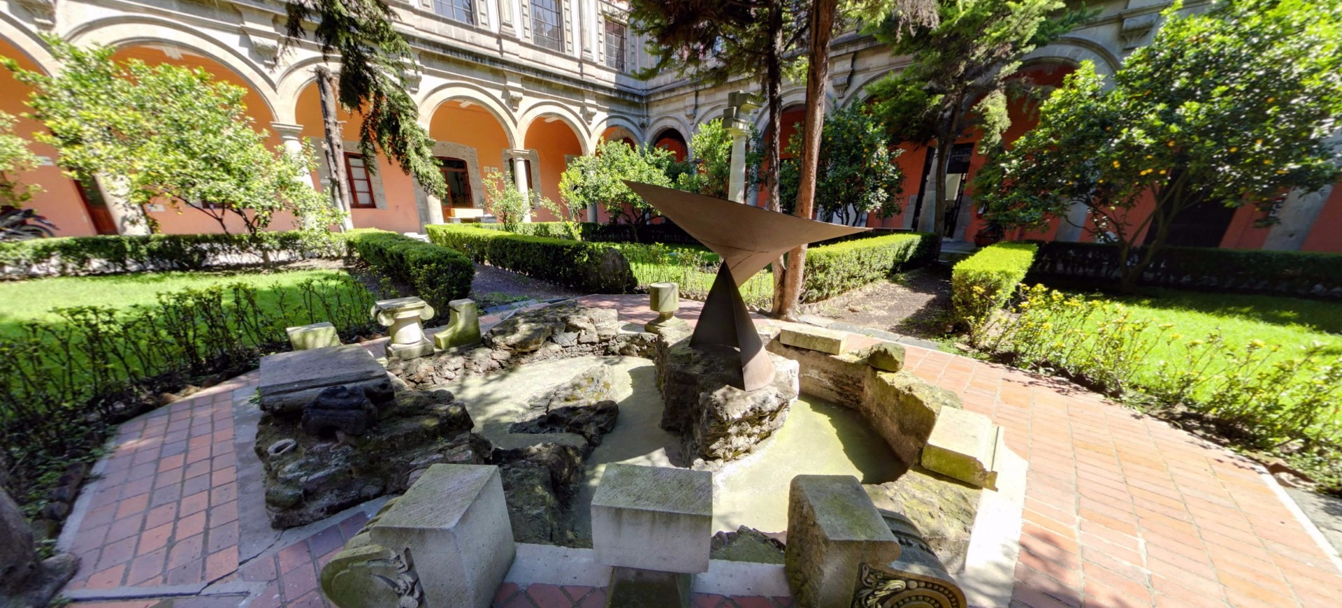 Centro Nacional de Conservación y Registro del Patrimonio Artístico Mueble (CENCROPAM)